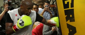 FLOYD MAYWEATHER MEDIA WORKOUT VIDEO FOR HIS BOUT AGAINST CONOR MCGREGOR