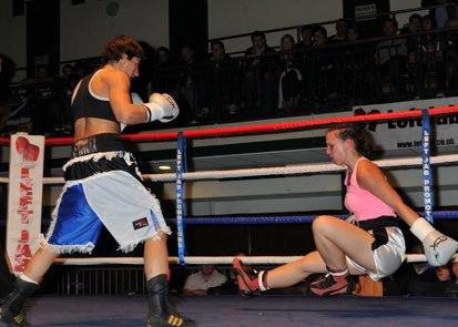 "RCMGreece boxing/MMA: Areti ""Master"" Mastrodouka KO Gabriella Vicze"