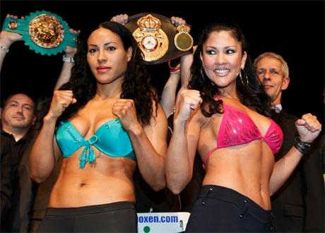 Cecilia Braekhus vs. Mia St John weigh-in