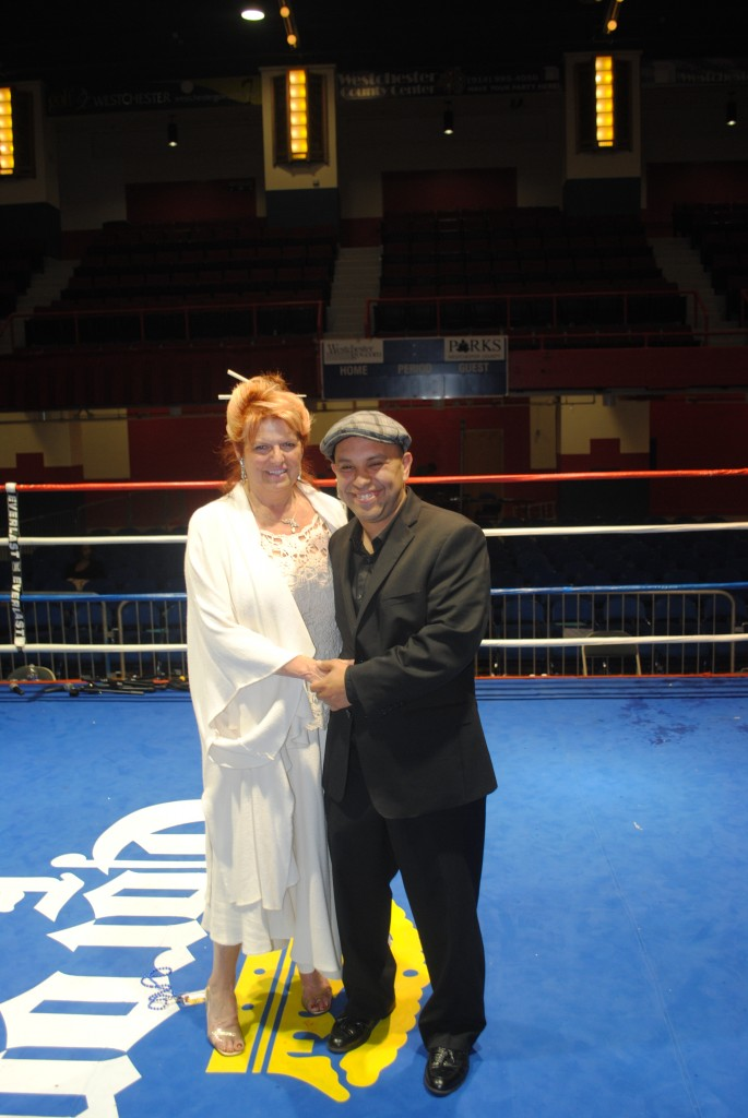 Diane Fischer's Dee Lee Promotions Announces Fall Boxing Card Dates