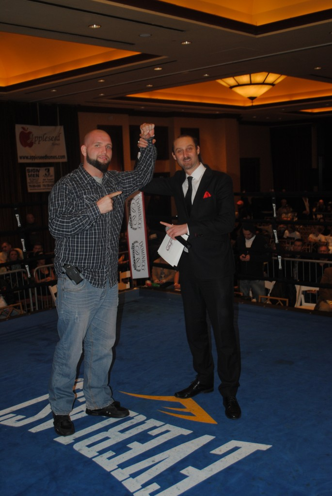 Heavyweight Travis Kauffman Defeats Lyons in The Main Event at Valley Forge