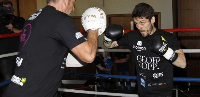 REAL COMBAT MEDIA UK: STEPHEN SMITH: I WANT ANOTHER WORLD TITLE SHOT IN 2016.