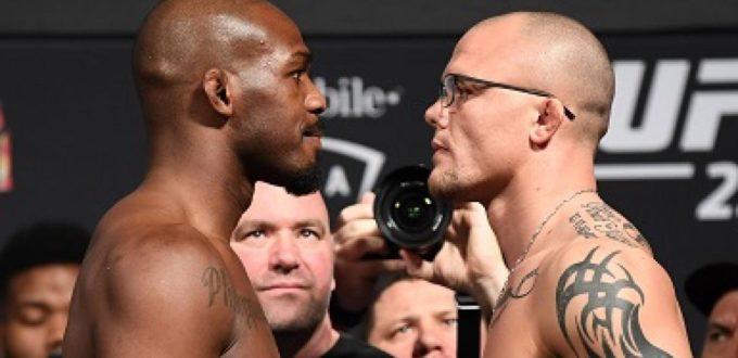 UFC 235 Weigh in