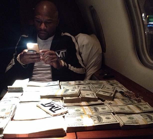 Znalezione obrazy dla zapytania floyd mayweather money