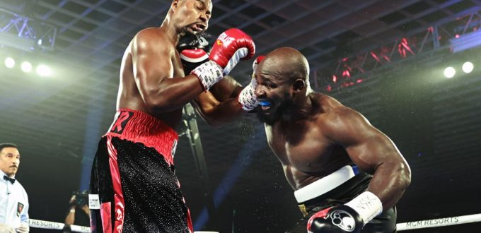 Carlos Takam Defeats Jerry Forrest