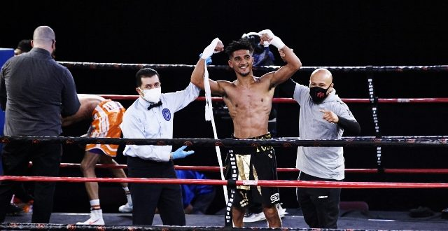 William Foster III Decisions Donald Smith in Clash of Undefeated Featherweights in Philadelphia