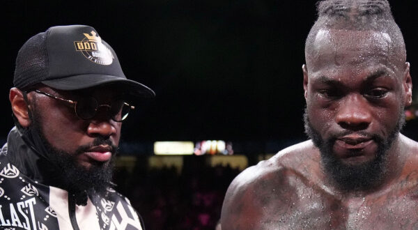 Malik Scott evaluation with his fighter Deontay Wilder